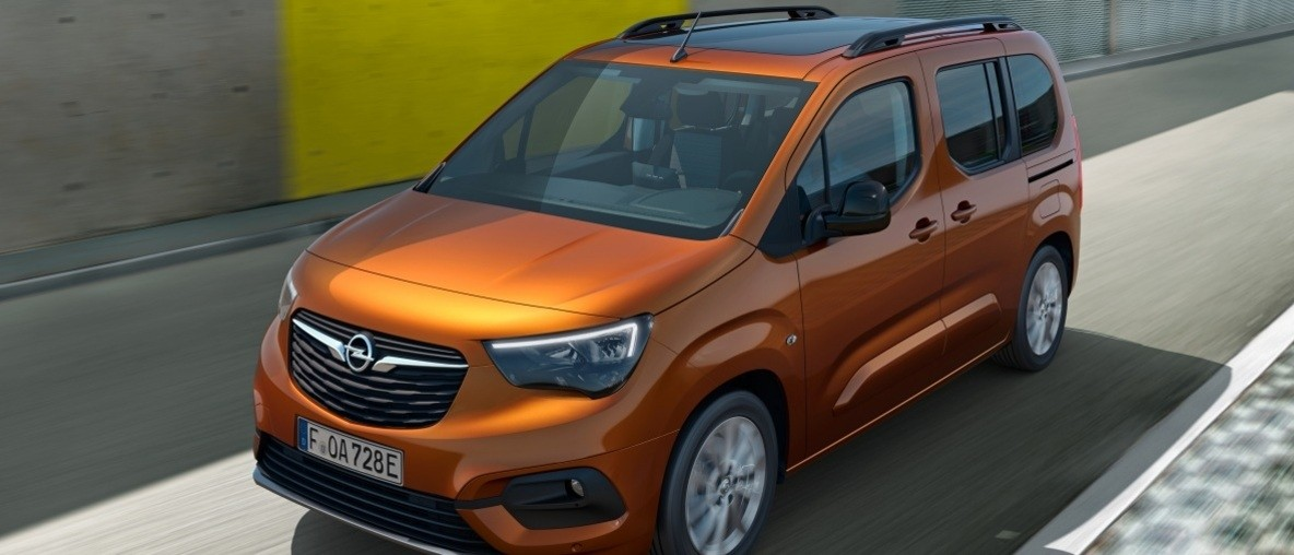 New Opel Combo-e Life: The Everyday Hero Goes Electric